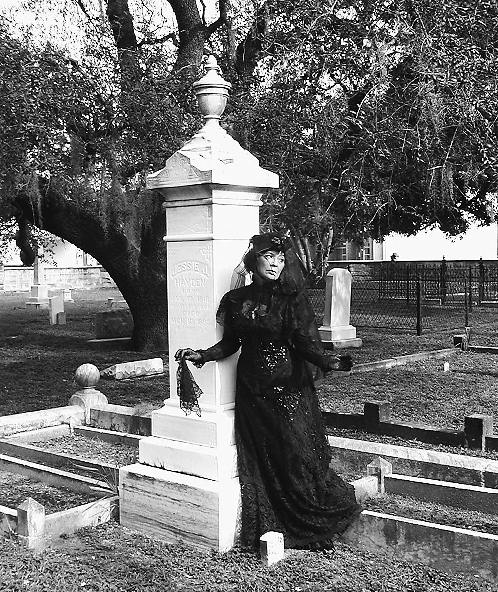 arts_graves_maureen